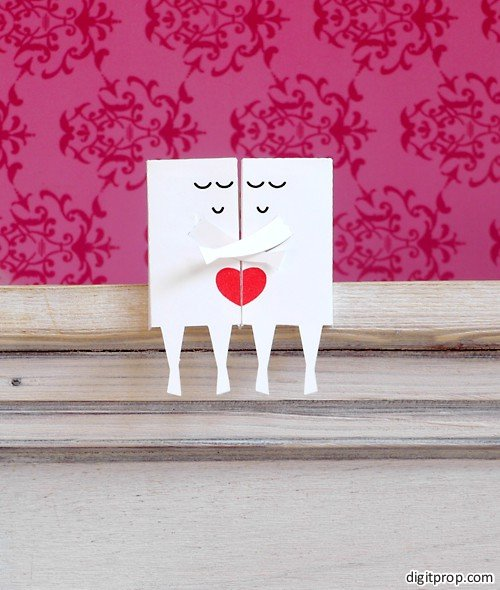 Valentine Couple on a Shelf Paper Toy